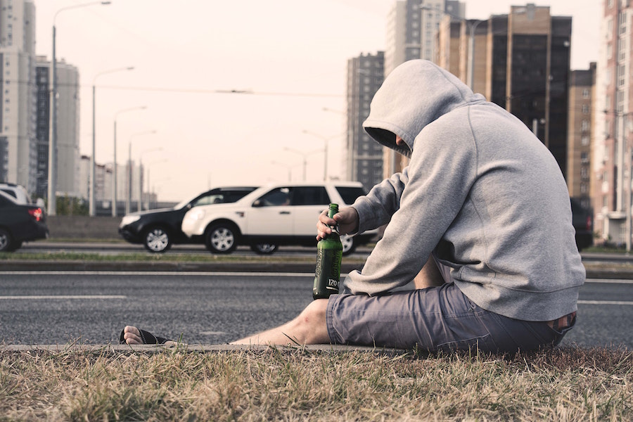 How to Help an Alcohol and Drug Addict