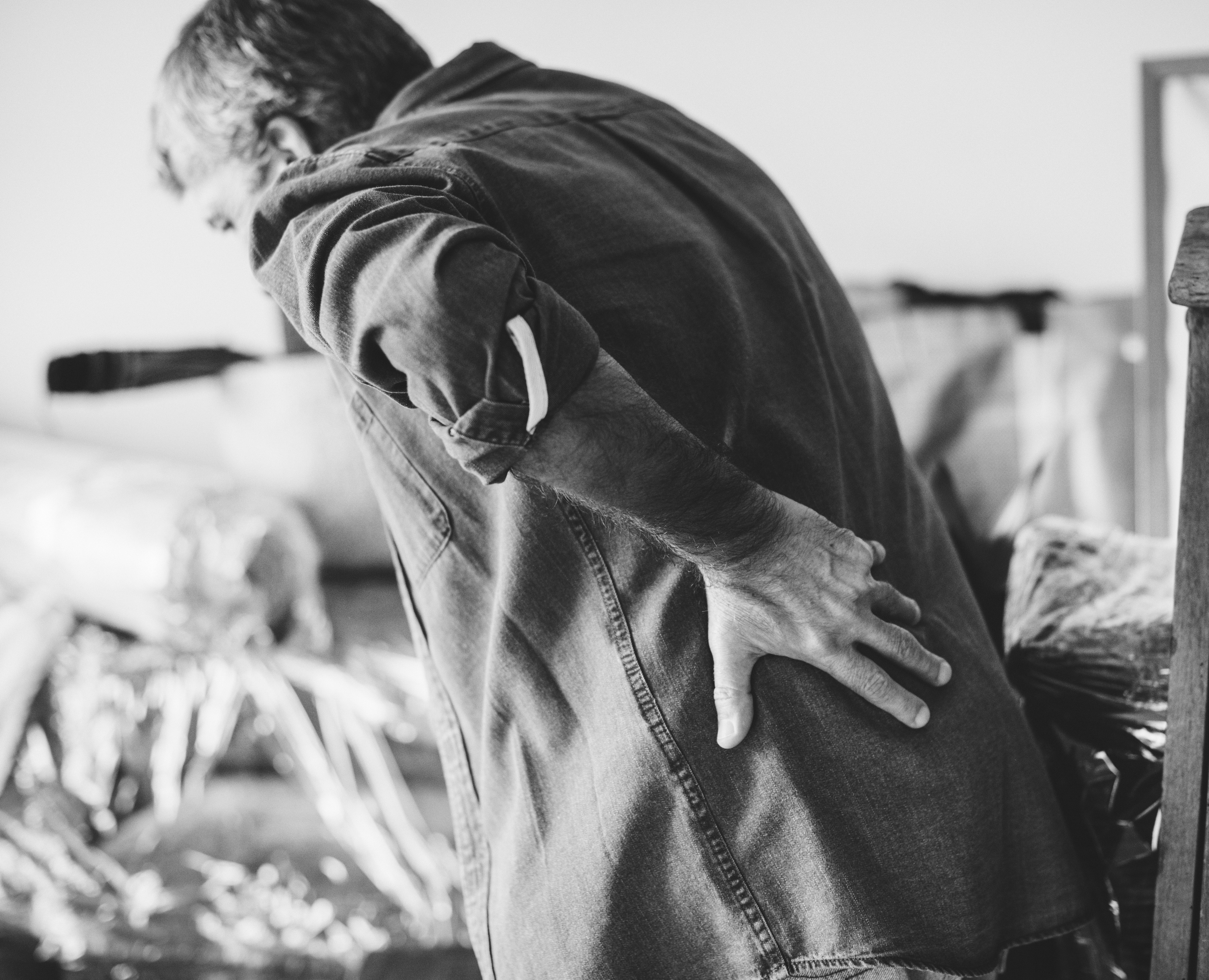 What are the Causes and Risk Factors of Back Pain?
