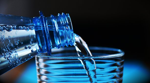 How Much Water Do You Really Need To Drink In a Day?